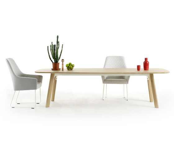 Grid dining by Arco by Arco