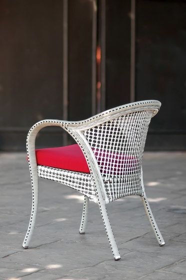 Havana armchair by Point by Point