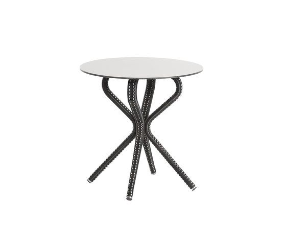 Havana table by Point by Point
