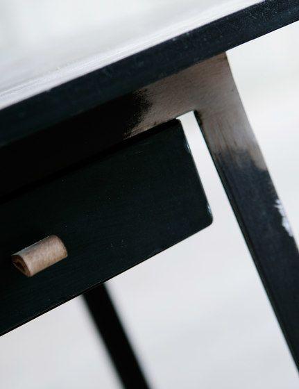 Hide desk by Heerenhuis by Heerenhuis