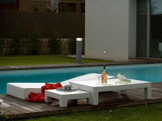Jut Coffee Table - 120 x 80 x 30 cm by Vondom