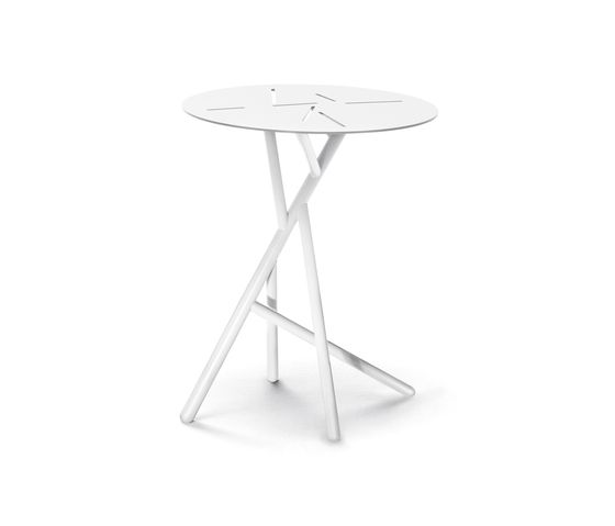 Mangrove Side table by DEDON by DEDON
