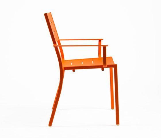 NS9526 Armchair by Maiori Design by Maiori Design