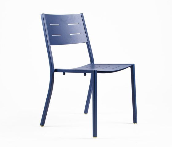 NS9527 Chair by Maiori Design by Maiori Design