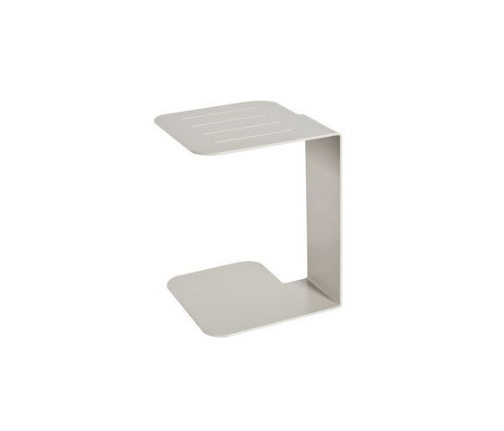 Pul Metal table by Point by Point