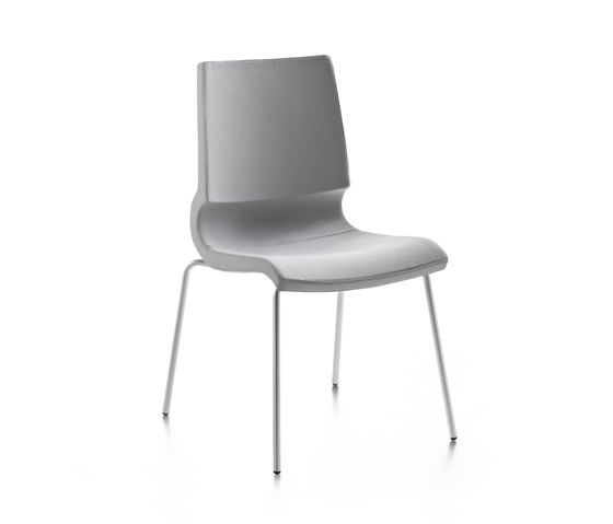 Ricciolina_4 legs_upholstered by Maxdesign by Maxdesign