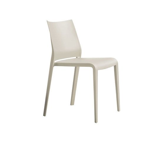Riga 545 Stackable Chair by Desalto