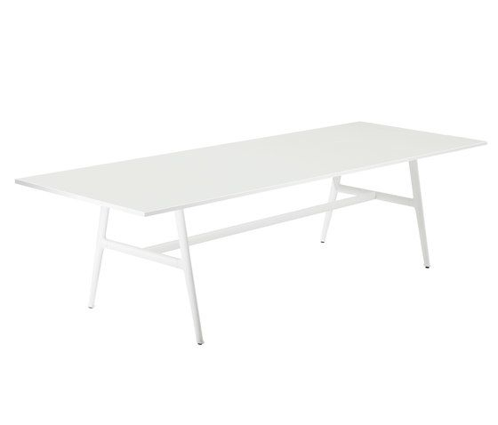 SeaX Dining table by DEDON by DEDON