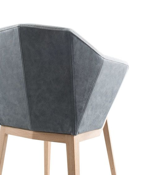 Seda chair by Conmoto by Conmoto