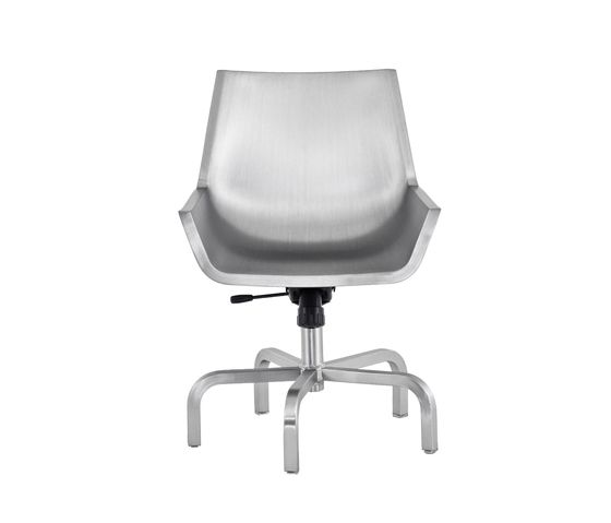 Sezz Swivel Chair With Glides by Emeco