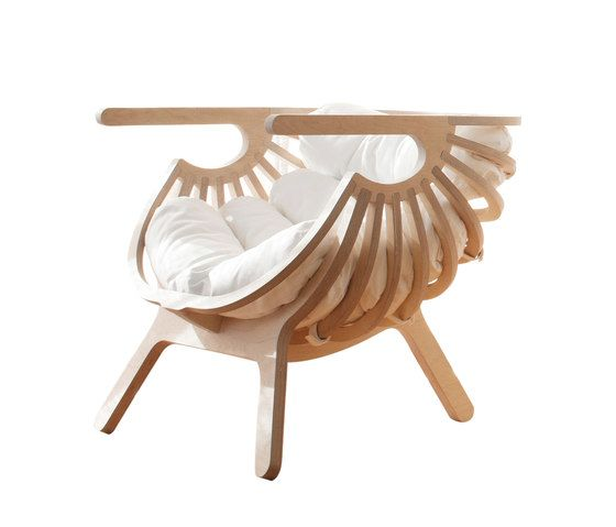 Shell Chair by Branca-Lisboa by Branca-Lisboa
