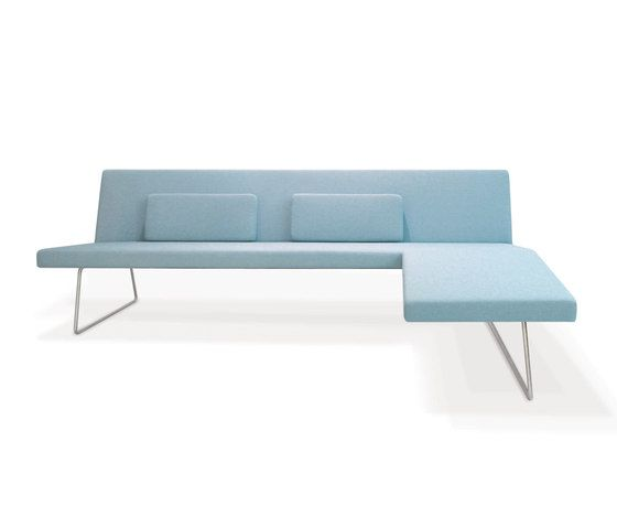 Slim Sofa by PIURIC by PIURIC