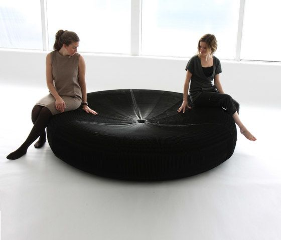 softseating | black paper softseating lounger by molo by molo
