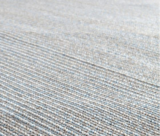 Steps outdoor rug by Manutti by Manutti