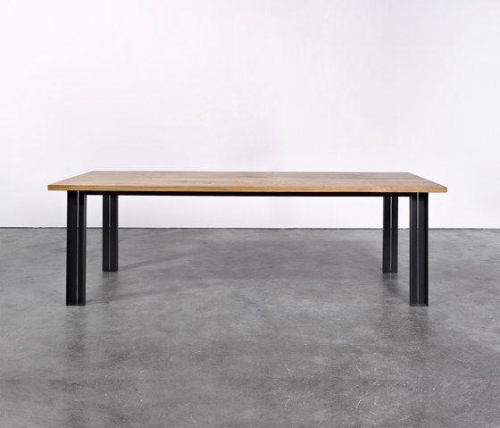 Table at_10 by Silvio Rohrmoser by Silvio Rohrmoser