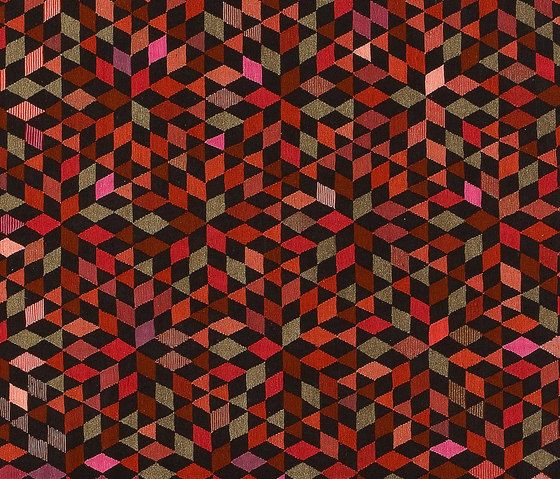 Triangles Diamond strawberry by GOLRAN 1898 by GOLRAN 1898