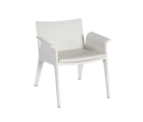 U club armchair by Point by Point