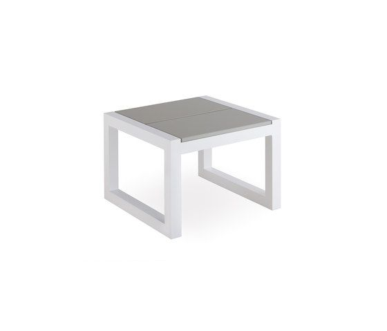 Weekend corner table by Point by Point