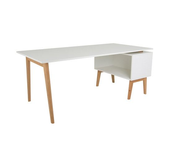Working-/eating table DBV-227 by De Breuyn by De Breuyn