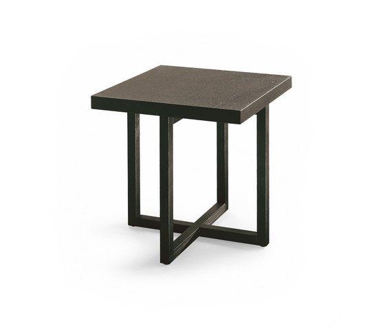 Yard coffee table by Poliform by Poliform