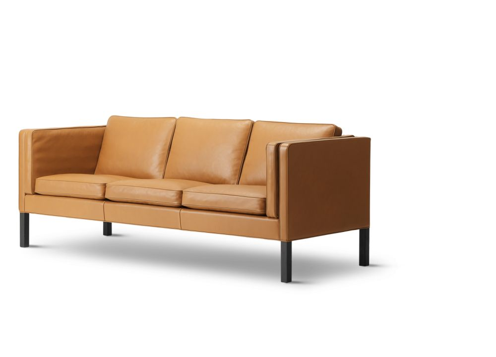 2333 Sofa - 3 Seater by Fredericia