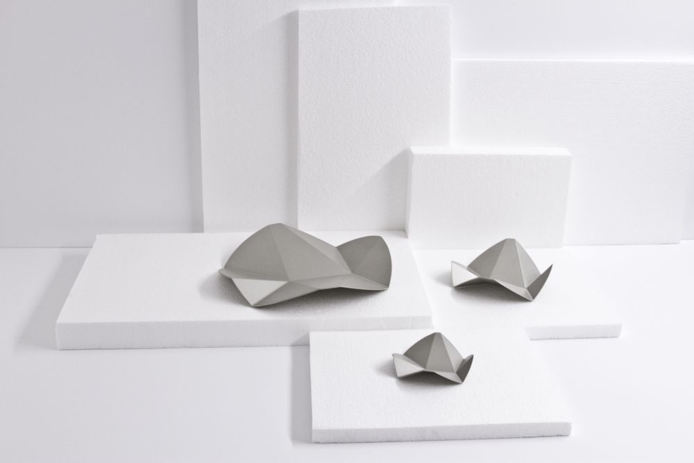 Creased Tray by Viewport Studio