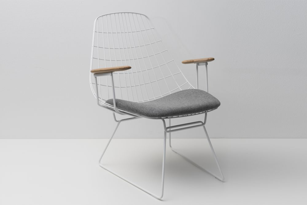 FM06 Dining Chair without Back Cushion, Paper White Frame and Solid Oak Arms by Pastoe