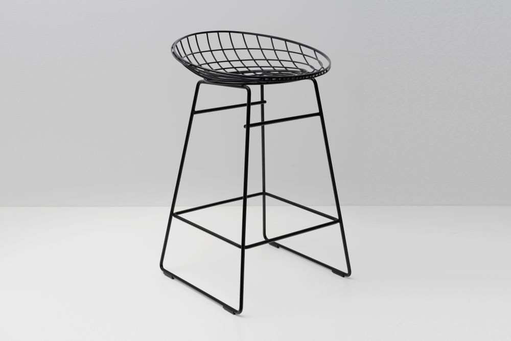 KM06 Kitchen Stool by Pastoe