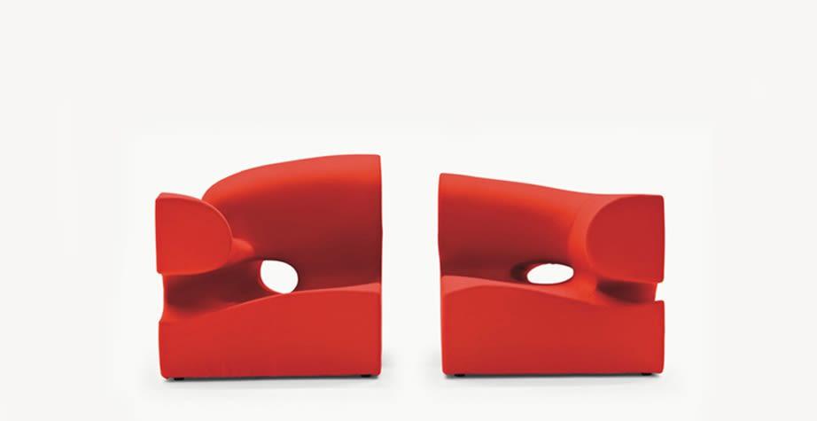 Misfits Seating System - Corner 2 by Moroso