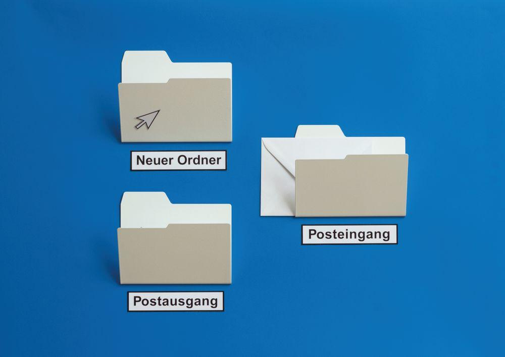 New Folder Magazine Rack by NJUSTUDIO