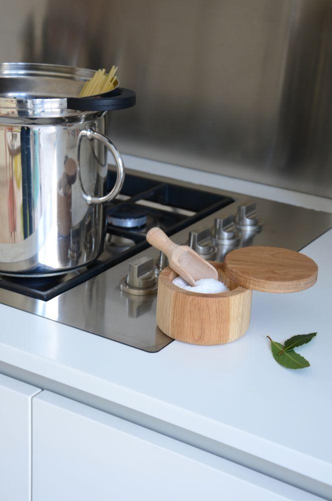 Swing Top Pot - Lidded Pot by Wireworks