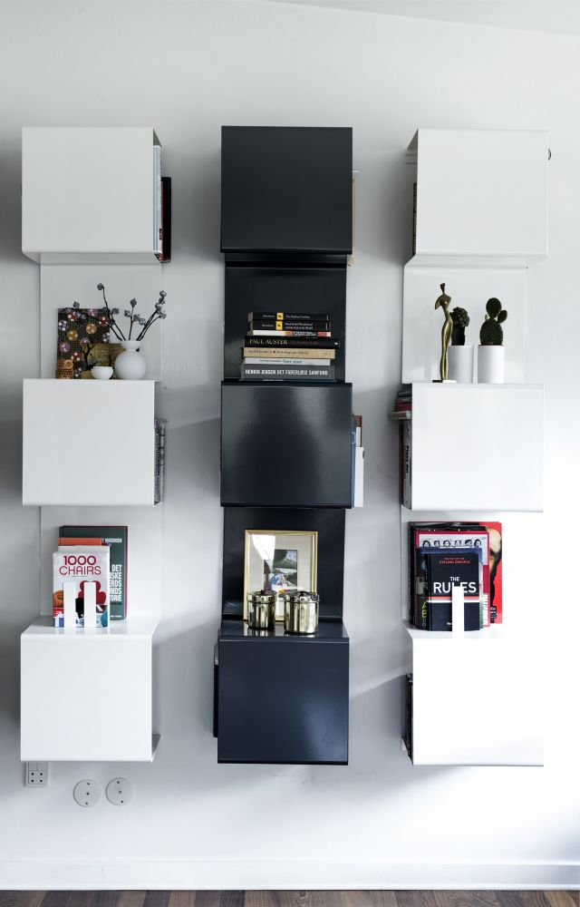 Showcase#1 Bookcase by Anne Linde