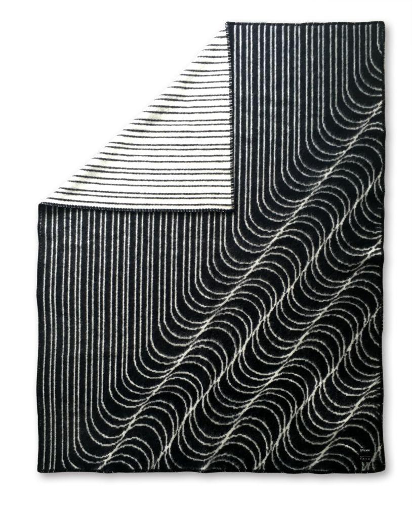 Blankets by IHANNA HOME
