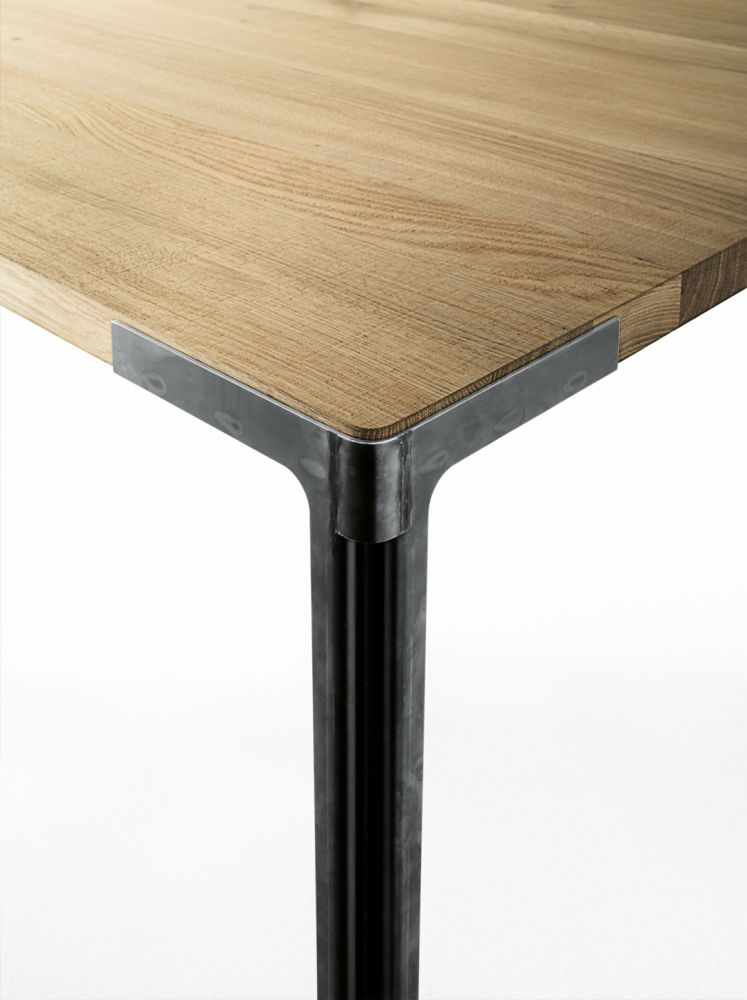 Fan Dining Table - Square by Desalto