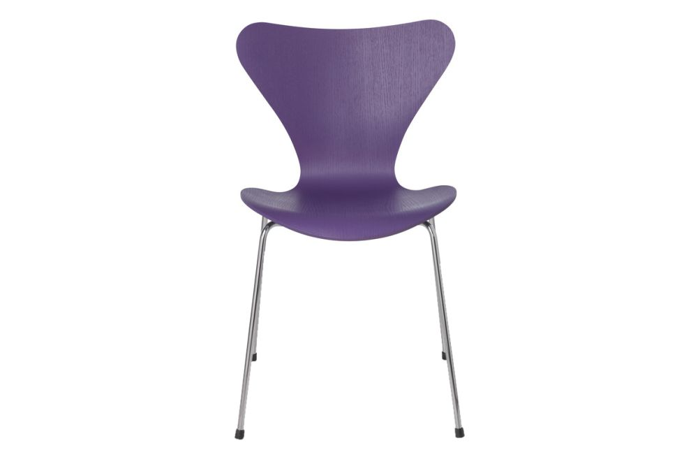 Series 7 Stackable Chair by Republic of Fritz Hansen