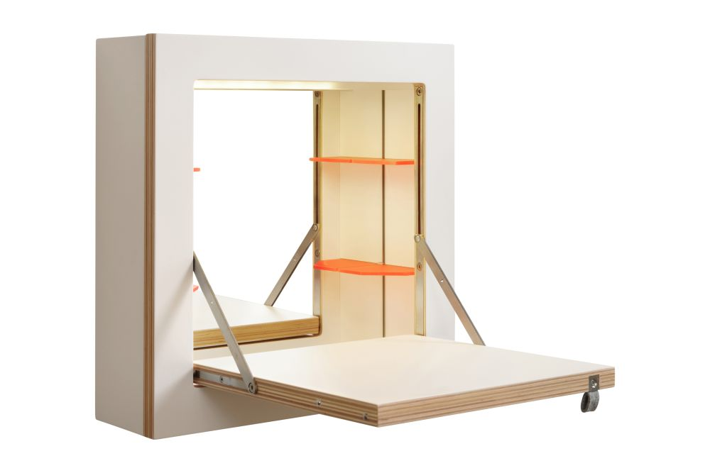 Fläpps Small Make-Up Cabinet with lighting by AMBIVALENZ