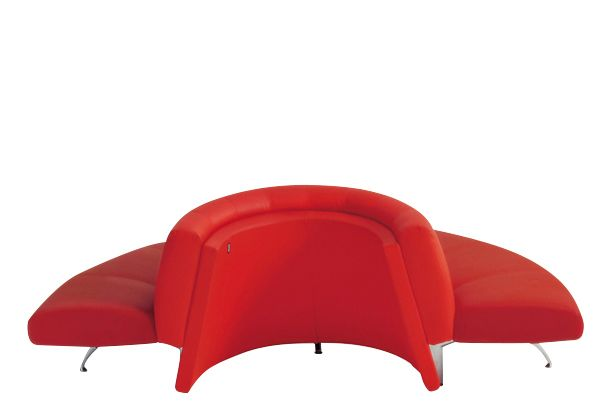 Waiting Half Circle Element by Moroso