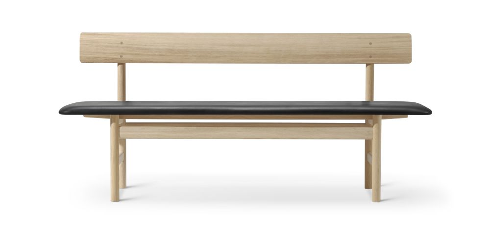 3171 Bench by Fredericia