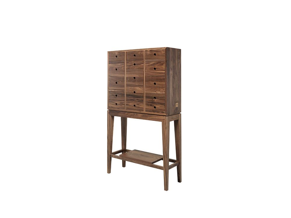 Contador sideboard by Wewood
