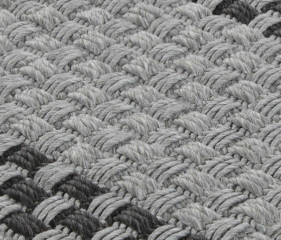 20one titanium, 200x300cm by Miinu