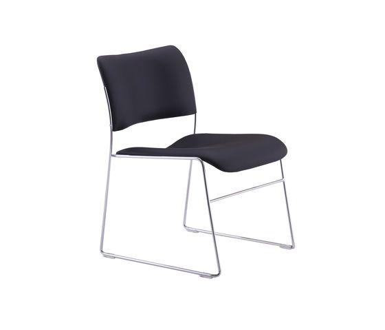 40/4 Lounge Chair by HOWE by HOWE