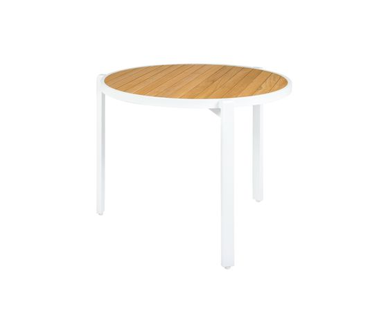 Allux stackable dining table Ø 90 cm (straight slats) by Mamagreen by Mamagreen