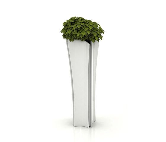 Alma Pot by Vondom