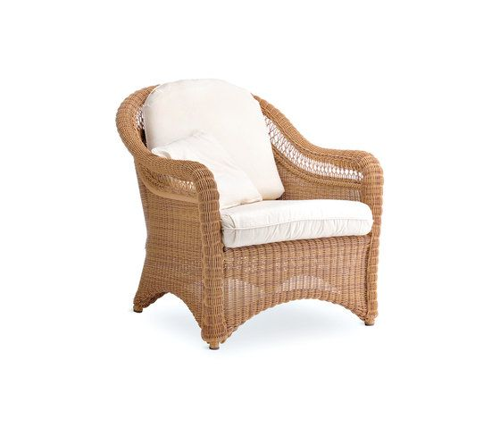 Arena armchair by Point by Point