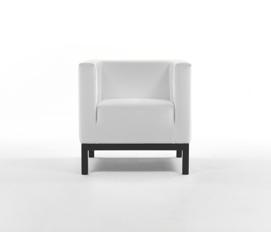 Ascot Armchair by Giulio Marelli by Giulio Marelli