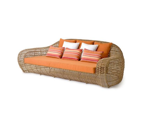 Balou Daybed by Kenneth Cobonpue by Kenneth Cobonpue