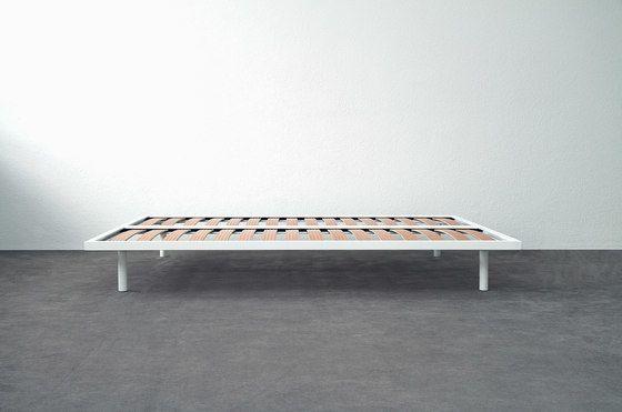 Basic Bed by Atelier Alinea by Atelier Alinea