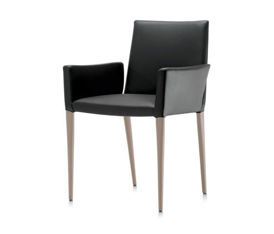 Bella P GM armchair by Frag by Frag