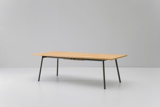 Bitta dining table extendable 8-10 guests by KETTAL by KETTAL