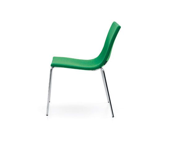 Bond Light chair by OFFECCT by OFFECCT